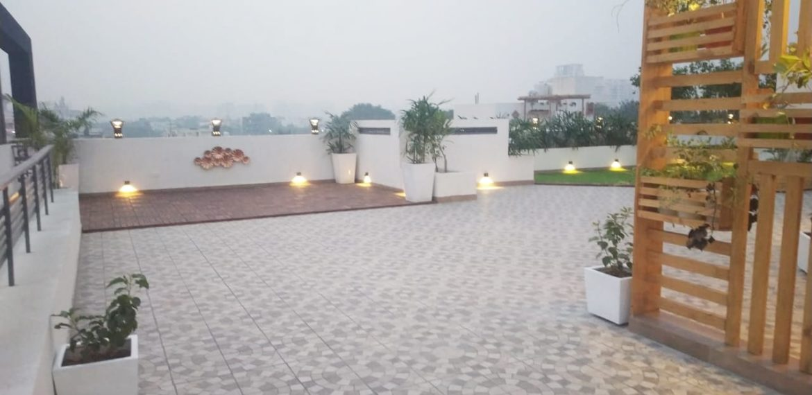 Independent FLoors in Sushant lok phase 1